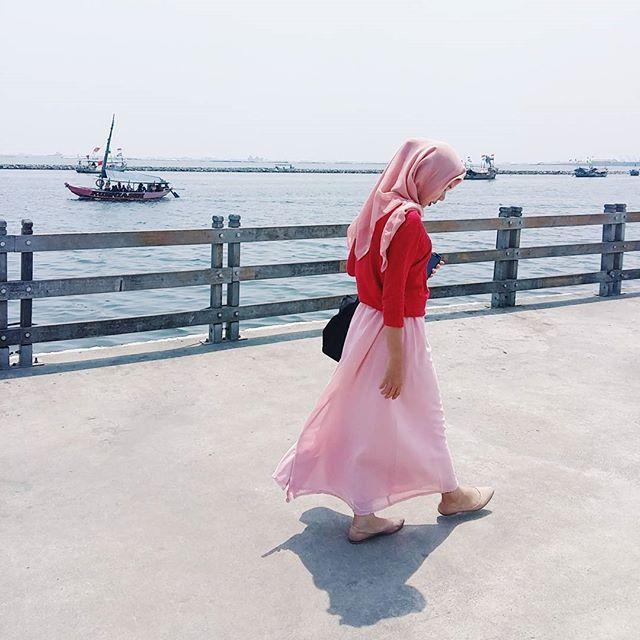 👣 #vsco #vscocam #explorejakarta #exploreindonesia #wisataindonesia #ancolbeach