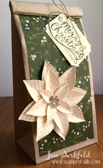 Gift packaging - adorable and simple thanks to the Festive flower punch and Reason for the Season set from Stampin' Up! stamped-silly.com