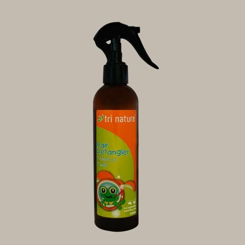 Kids Hair Detangler - enriched with Hydrolysed Oats, D-Panthenol (Provitamin B5) and Quaternised Honey to gently condition the hair as it detangles