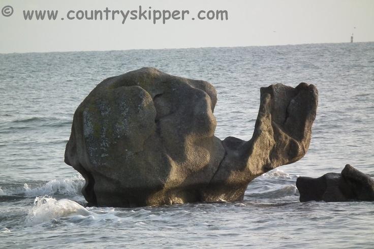 Brittany Beach: Lesconil-Plobannalec