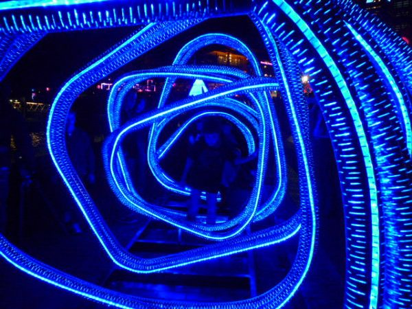 Mazes of lights in #Sydney #vividsydney #Australia #travel Discover your inner child! http://ow.ly/VYex