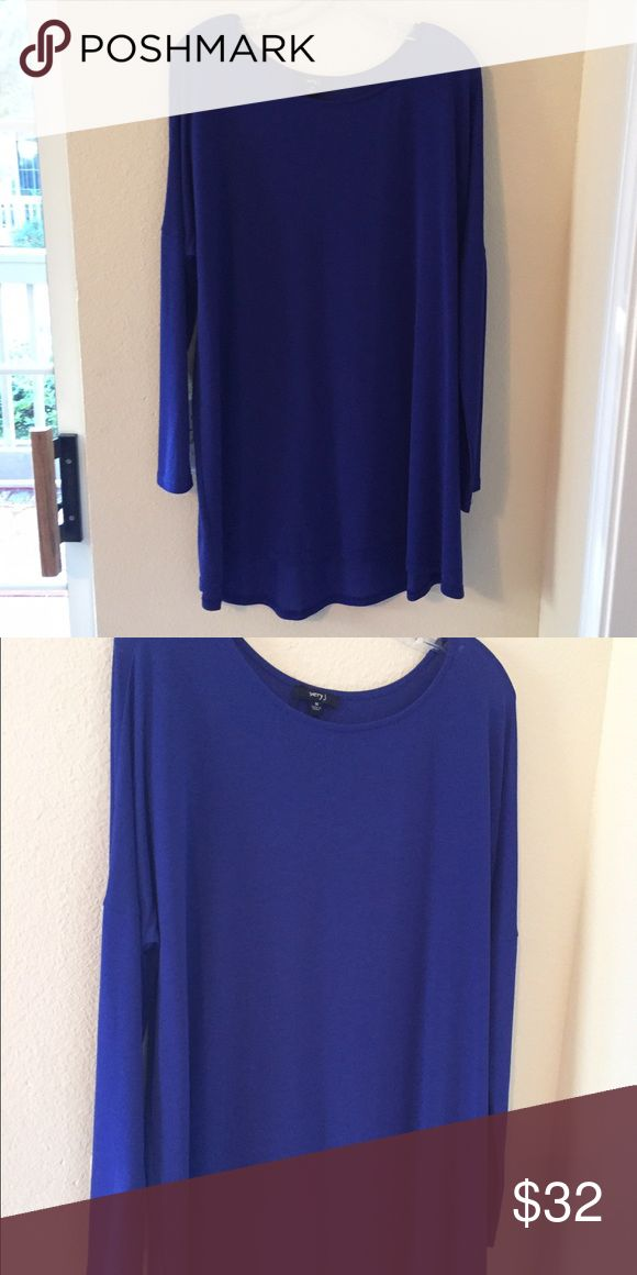Beautiful cobalt blue long sleeve dress/tunic NEW, size large, long sleeve cobalt blue tunic/dress, purchased at a local boutique, perfect condition, similar to a piko type tunic Boutique Dresses