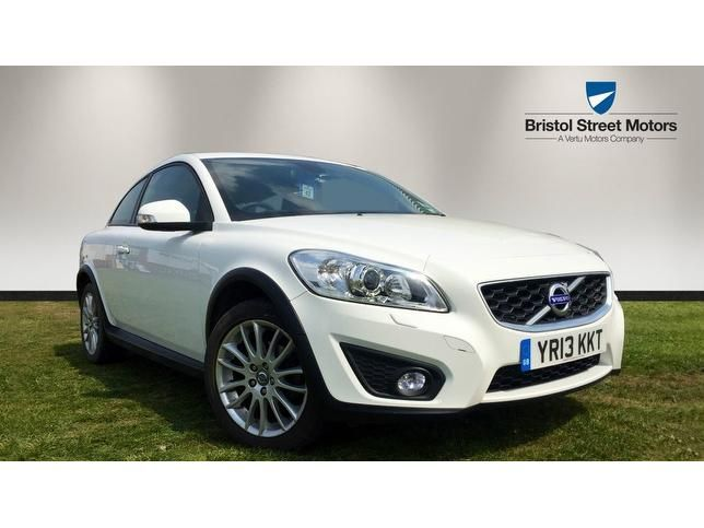 """This fantastic Volvo C30 2.0 SE Lux 2dr SAT NAV/FULL LEATHR/BLUETOOTH for just £8,989: call <a onclick="""""""" class=""""telephone_number"""" href=""""tel:01332220892"""" data-interaction-id=""""3"""" data-car-id=""""201705115335940"""">01332 220 892</a> today to book a test drive from this approved Volvo  dealership 