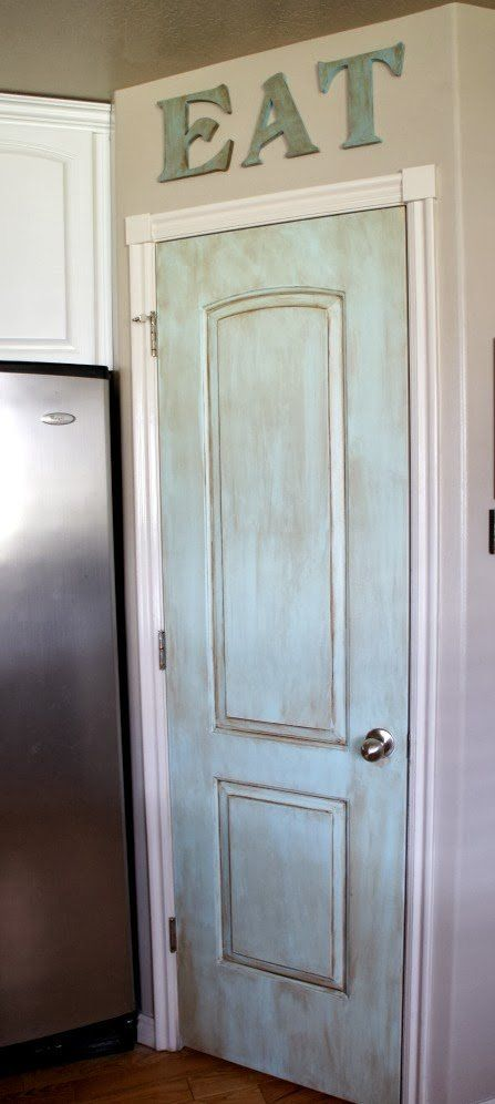 painted aqua pantry door...so easy it only took me a couple of hours