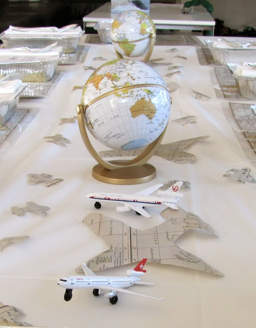 Una mesa muy original para una fiesta aviones / A very original table for an airplane party