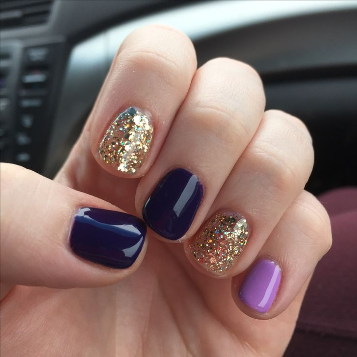 A no-chip manicure from: http://kinzienailspachicago.com  Purple, glitter, shellac, gelish, gold, lavender, manicure
