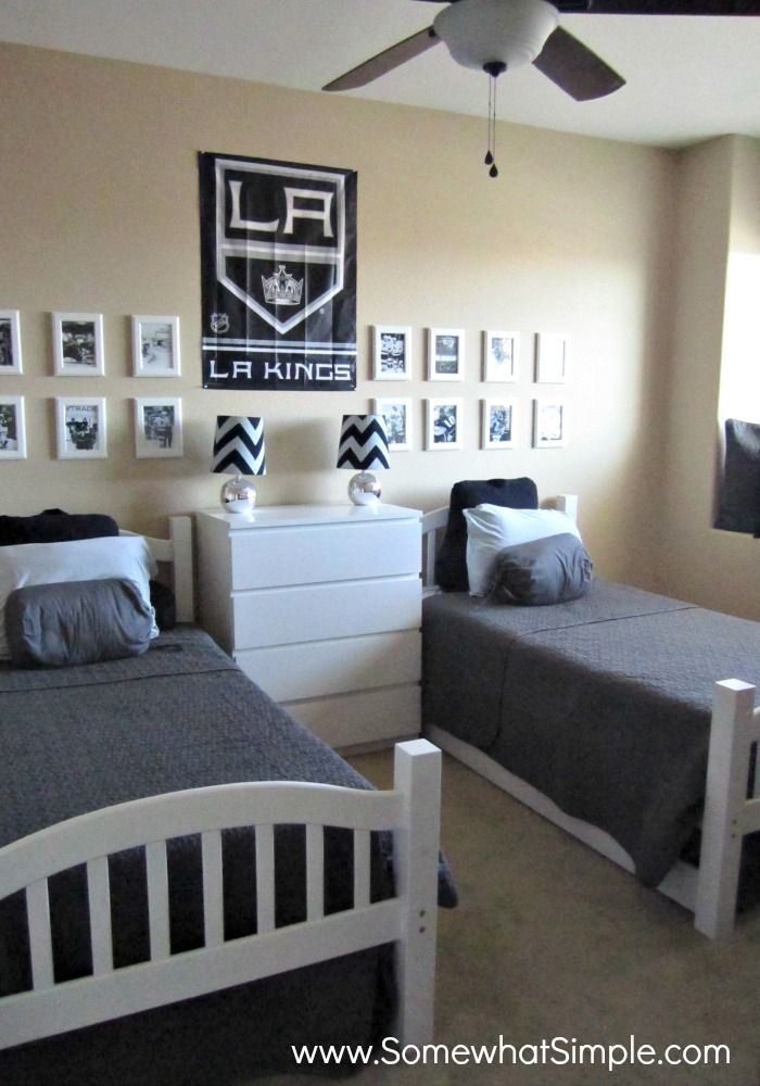 Last year my boys talked me into redecorating their baseball room into a boys hockey bedroom. Hockey is, after all, their very favorite sport and I live in a house with 3 of the biggest LA Kings fa…