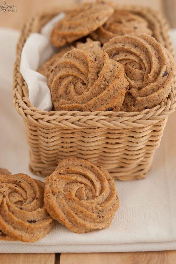 biscotti di farina integrale con cioccolato fondente