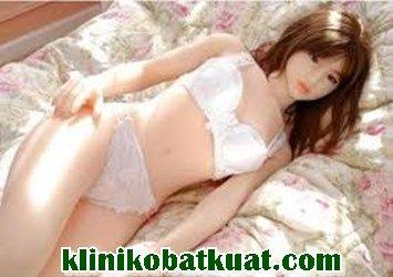 Boneka seks full body wanita seksi jepang alat masturbasi pria atau lelaki mirip manusia asli terbuat dari karet silikon. http://klinikobatkuat.com/sex-toys-pria/boneka-seks