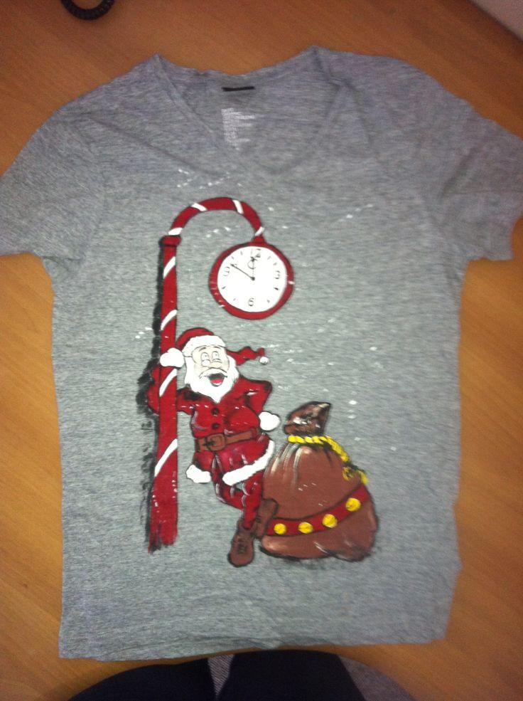 tricou pictat manual  pentru detalii va rugam intrati pe adresa Piticool facebook - https://www.facebook.com/piticool.dintine