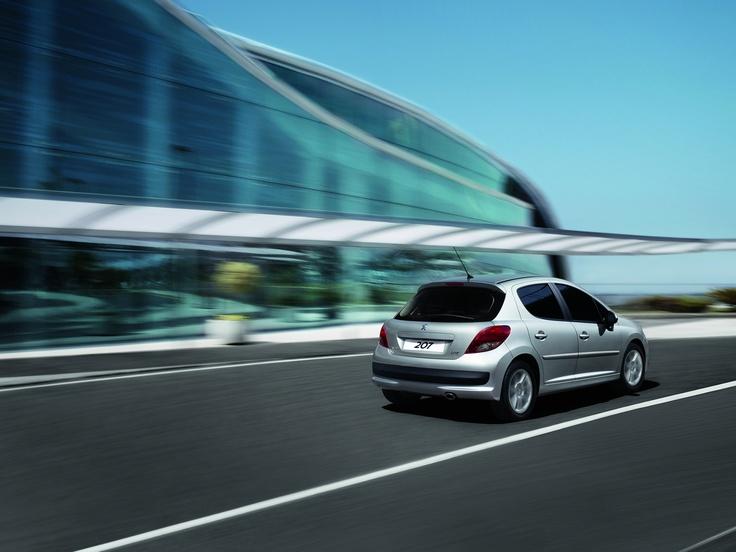 Peugeot 207 Grey Silver on Road #architect #207 #misterauto #piecesauto
