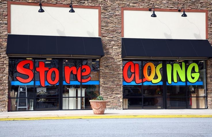 Rhianna Moreland 11/12/17- Companies who rely on their brick and mortar stores are starting to see the impact that e-commerce is playing on their stores, and that means many of them are having to close down. Blockbusters is an example that this article uses and that it wouldn't keep up with Netflix so they had to file for bankruptcy. On the other hand some companies are making steps to save their businesses like PetSmart who recently bought chewy.com.