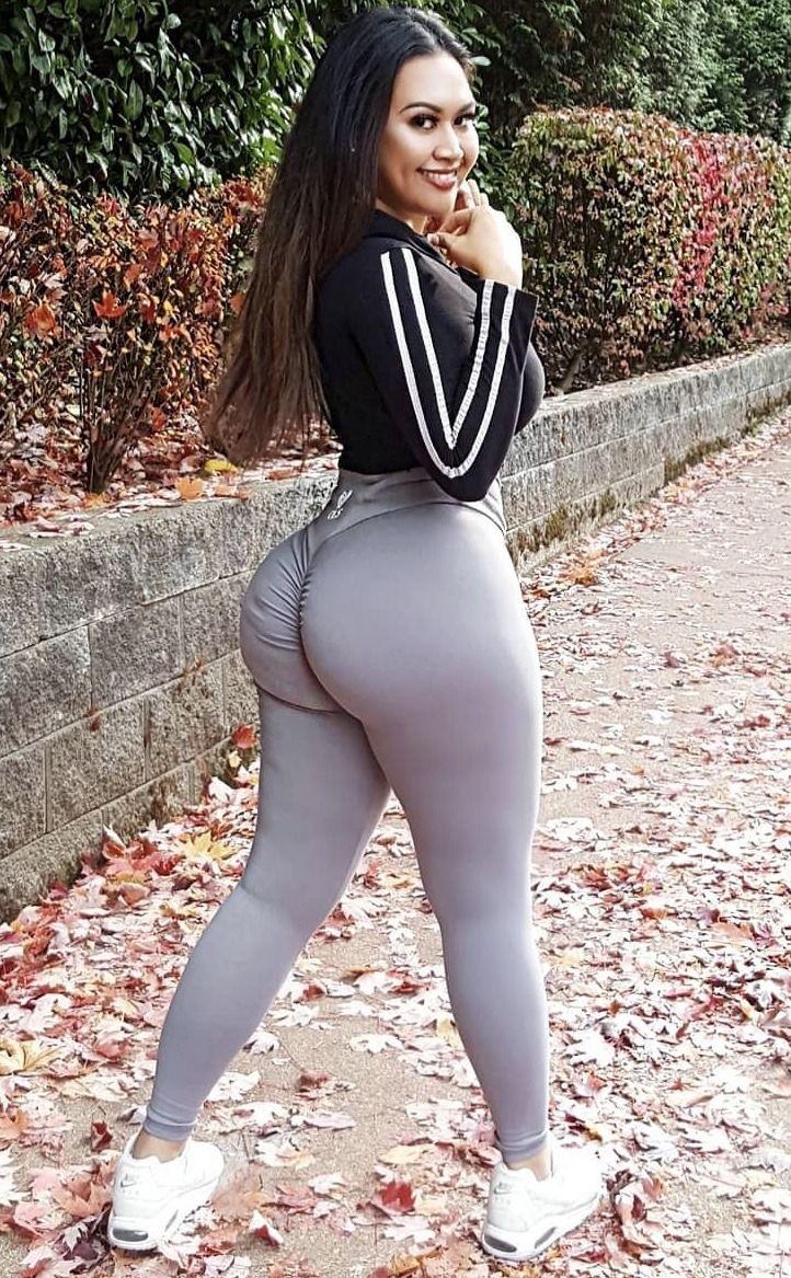 White Girl Big Ass Yoga Pants