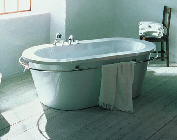Eine Wanne mit Reling ⚓  #badezimmer #bade…