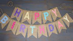 Arco iris reutilizable arpillera feliz cumpleaños Banner rosa púrpura Teal Coral azul tela amarilla para primer cumpleaños decoración del partido o fotos Prop