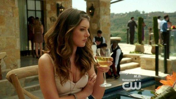 Shenae Grimes Photos - 90210 Season 5 Episode 2 - Zimbio