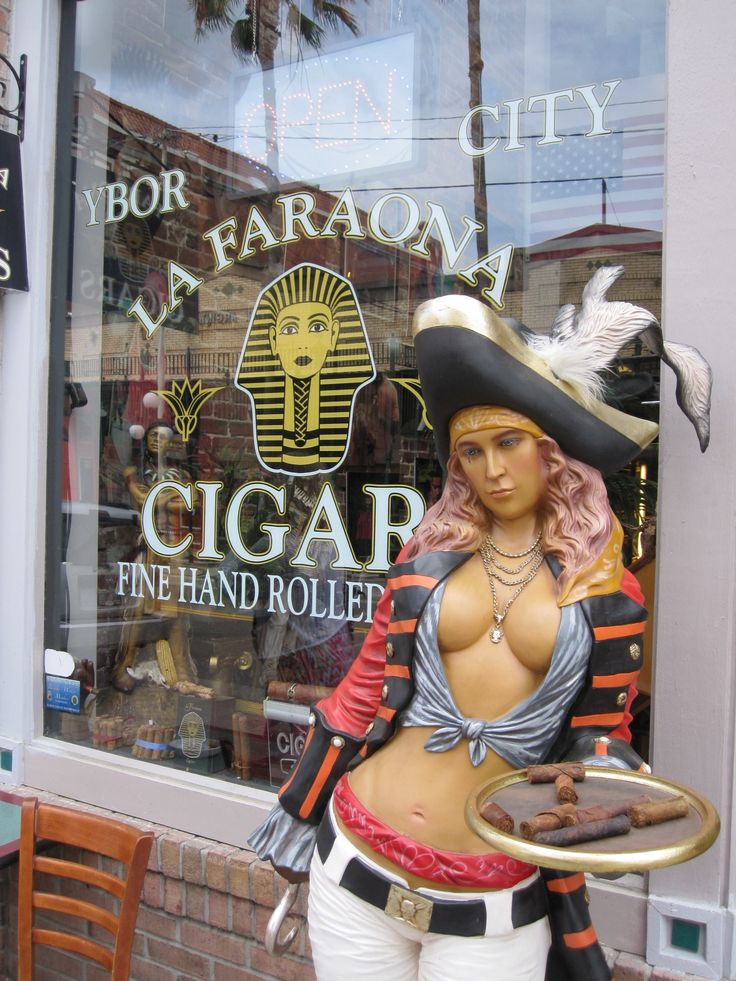 Seen while walking down 7th Avenue in Ybor City. Read all about it: http://cigarczars.com/ybor-city.htm