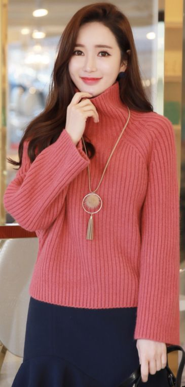 StyleOnme_Raglan Turtleneck Ribbed Knit Sweater #sweet #warm #knitwear #sweater #koreanfashion #kstyle #kfashion #winterlook #seoul