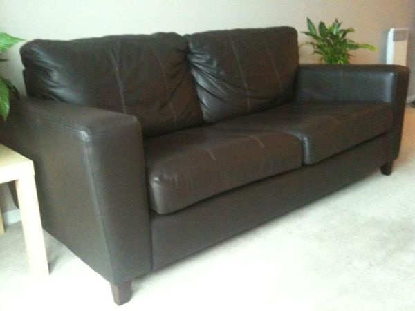 STYLISH REAL LEATHER SOFA - including DELIVERY  (DFS 18 months old) £230 from Gumtree