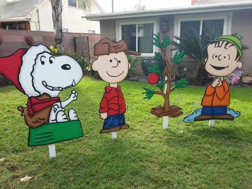 Peanuts Yard Signs Snoopy Christmas Decorations Charlie