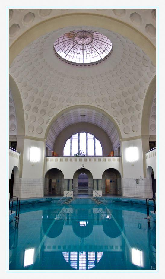 Schwimmhalle für Frauen, Herschelbad Mannheim. (Eröffnet