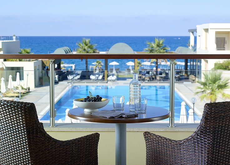 This balcony offers fantastic view! Both sea & pool view! (Imperial Building)