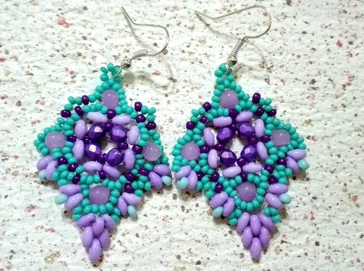 """Mi piace"": 0, commenti: 1 - Laura Melina (@laura.mel73) su Instagram: ""#orecchini #earrings #earringsaddict #beadwork #beadingjewelry #bigiotteriaartigianale #bijoux…"""