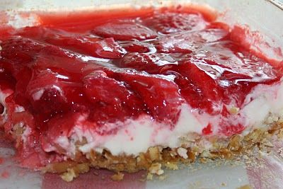 Pretzel Jello Salad: my grandma makes this and it's sooo addicting!