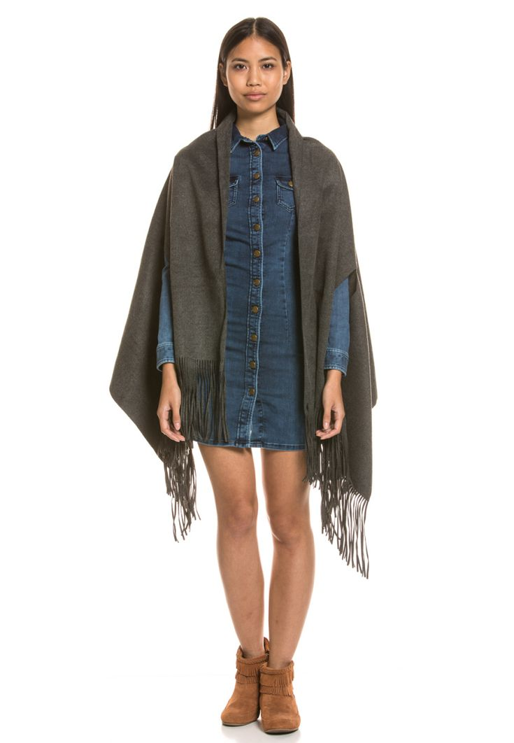 Pepe Jeans Cape Poncho Giles, offene Front grau Jetzt bestellen unter: https://mode.ladendirekt.de/damen/bekleidung/pullover/ponchos-und-capes/?uid=93cb2ede-e388-5129-9dfe-48c8bf8efe6d&utm_source=pinterest&utm_medium=pin&utm_campaign=boards #capes #pullover #ponchos #bekleidung #jacken Bild Quelle: brands4friends.de