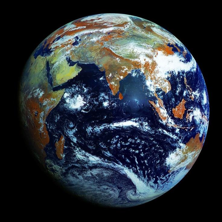 La Tierra (de Terra, nombre latino de Gea, deidad griega de la feminidad y la fecundidad) es un planeta del Sistema Solar que gira alrededor de su estrella en la tercera órbita más interna. Es el más denso y el quinto mayor de los ocho planetas del Sistema Solar. La Tierra se formó hace aproximadamente 4.567 millones de años y la vida surgió unos mil millones de años después. Es el hogar de millones de especies y actualmente el único cuerpo astronómico donde se conoce la existencia de vida.