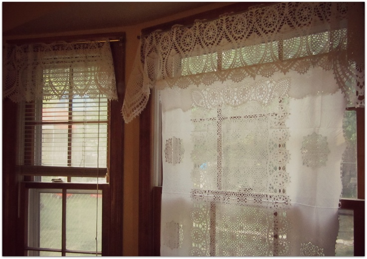 lace curtains made out of a vinyl table cloth