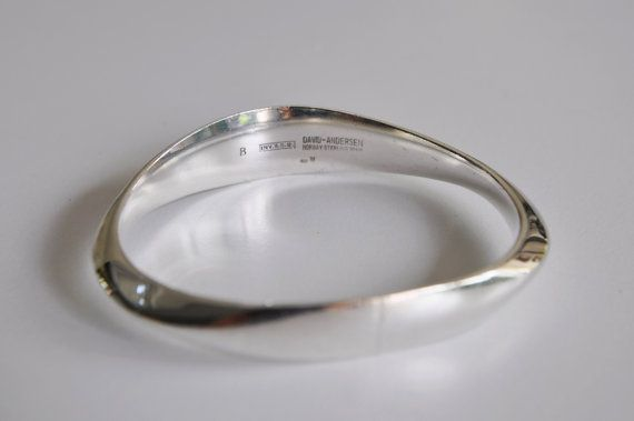 David Andersen Norway Modernist Sterling Silver Bangle >> NordicJewels on Etsy >> vintage Scandinavian modernist jewelry