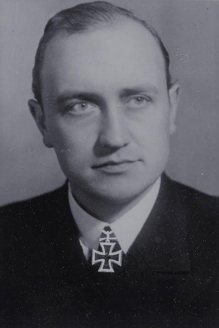 """Kapitänleutnant Werner Winter (1912-1972), Kommandant Unterseeboote """"U 103"""", Ritterkreuz 05.06.1942"""