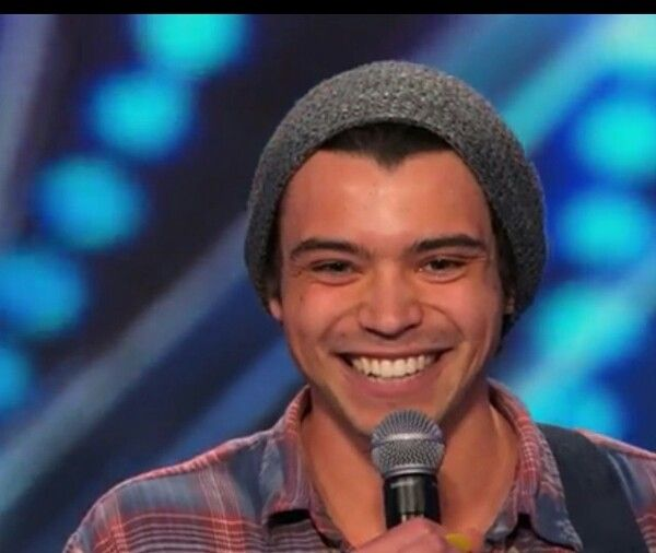 Can we take a moment to talk about how much Miguel Dakota (performing on #AGT) looks like Harry Styles!!!! Plus he also has the voice of an angel!!!