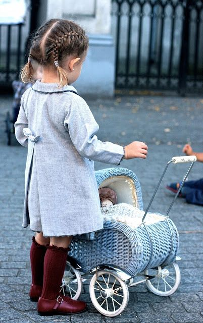 Classic clothes meet modern hair. #kids #fashion #estella
