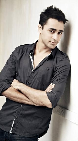 Imran Khan - the only actor i find worth drooling over in whole BOLLYWOOD