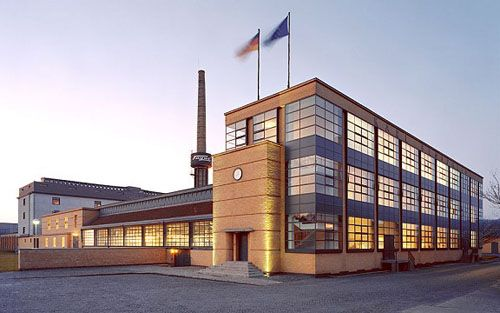 Walter Gropius. Fagus Factory. Alfeld-an-der-Leine. #architecture #gropius