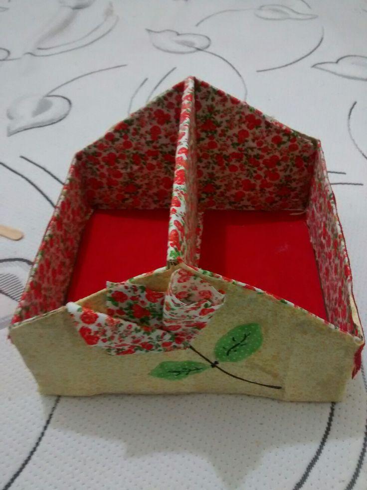 Uma simples caixa de sapato virou essa linda caixa organizadora #amei