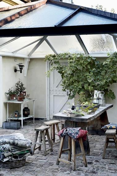 .cozy porch space