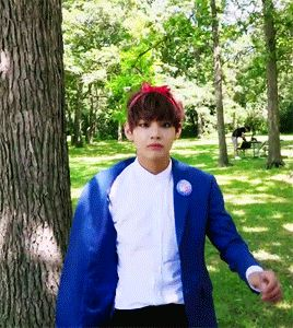 Taehyung the Present. 1/2