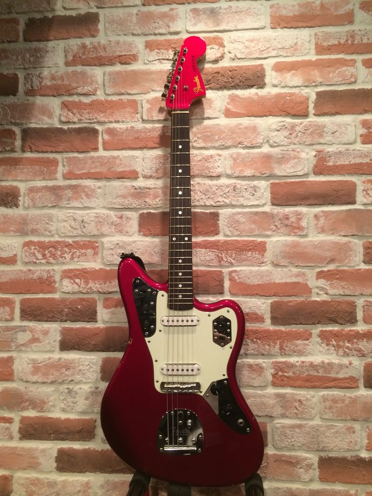 Fender Jaguar サウンドスタジオノア 新宿 03-5332-8366 http://shinjuku.studionoah.jp/