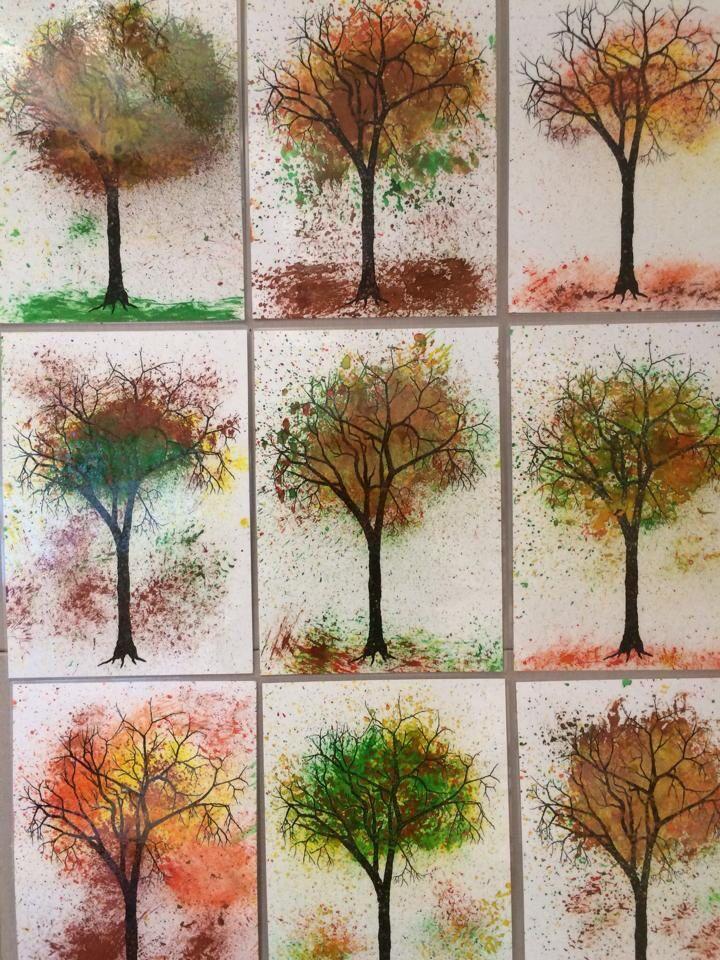 Höstträd målade med temperafärg