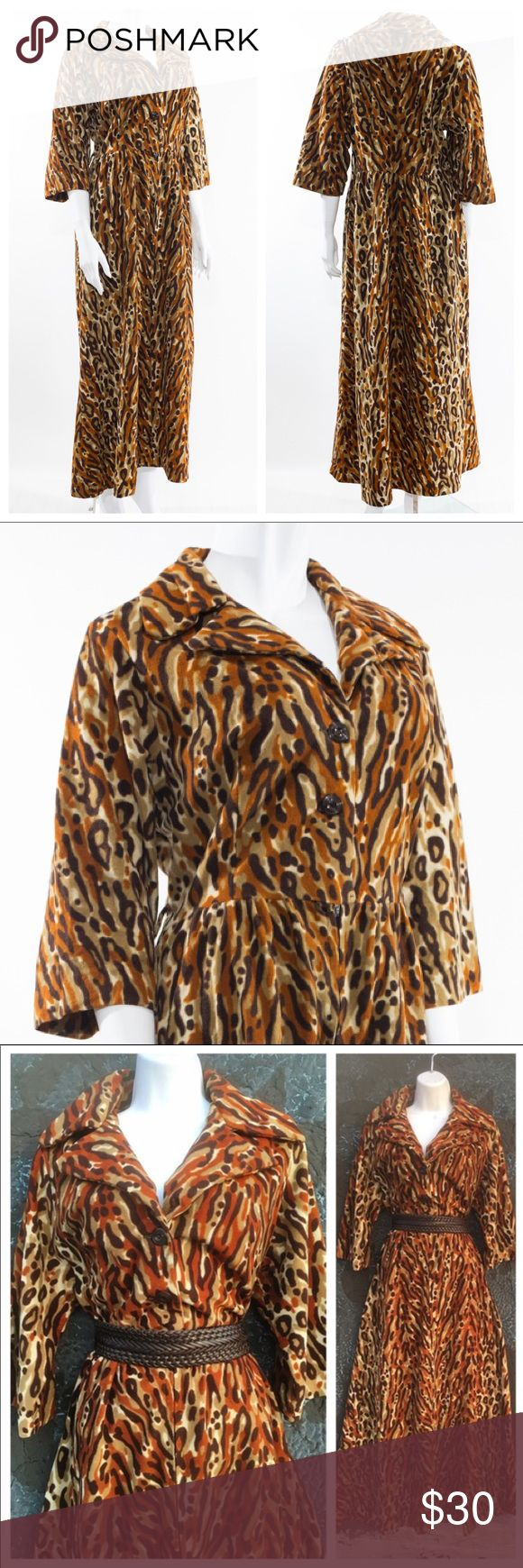VINTAGE Animal print Mumu Dress Warm Velvet-like fabric Vintage Dresses Long Sleeve