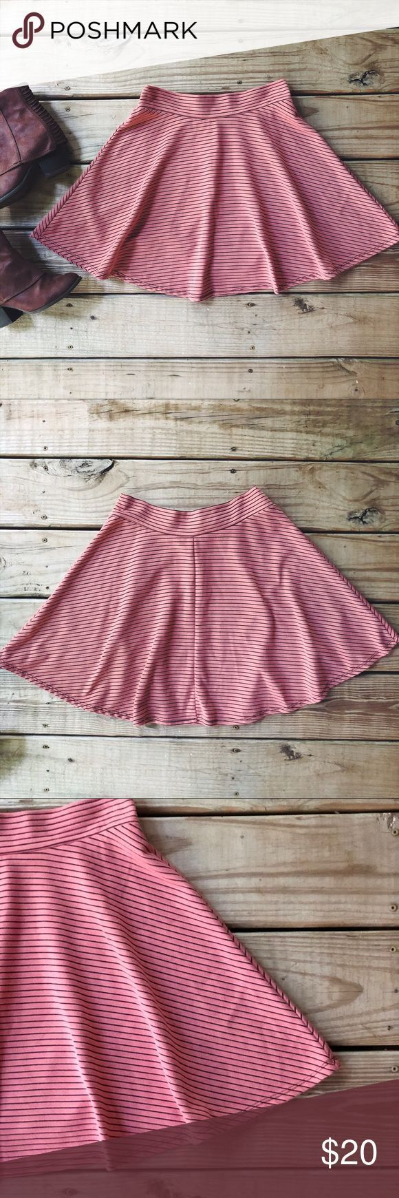 #AestheticButtockSurgical-Pink & Navy Striped Circle Skater Skirt Dieser Rock …..