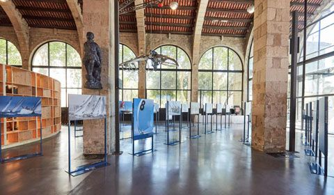 The regatta Puig Vela Clàssica Barcelona presents the exhibition 'With the power of the wind' in the Museu Marítim Barcelona