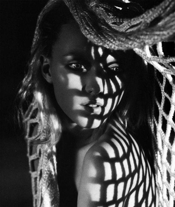 Black & White Photography http://photodoto.com/black-white-photography-woman/?pn1gb #photography,