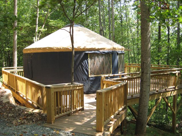 Campfire lodgings blue ridge cabin rental yurts in ny for Cheap cabin rentals in asheville nc