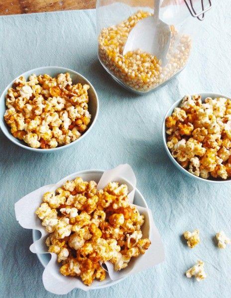 Vind je popcorn lekker? Dan moet je echt eens zelf popcorn maken. Met slechts 3 ingrediënten in 10 minuten te maken. Recept popcorn karamel. Kidsproof