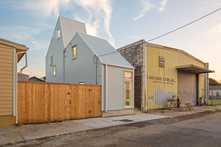 This 10-Foot-Wide New Orleans Concept Home Aims to Fix Gentrification