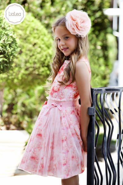 'En şık kızların tercihi Bulut Elbise'miz desenli kumaşların gece kıyafetlerinde muhteşem durduğuna bir örnek...'  #lialea #bgstore #alışveriş #dress #outfit #fashion #kidsfashion #teenfashion #kidstyle #shopping